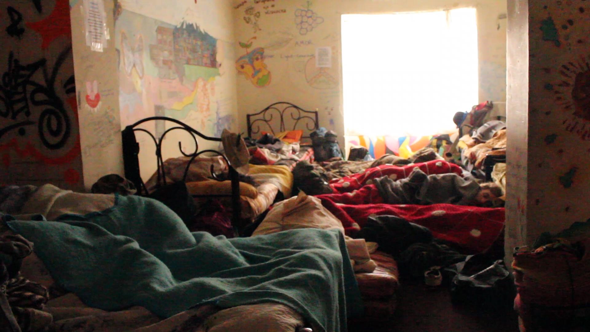 dormitorio casa de mochileros