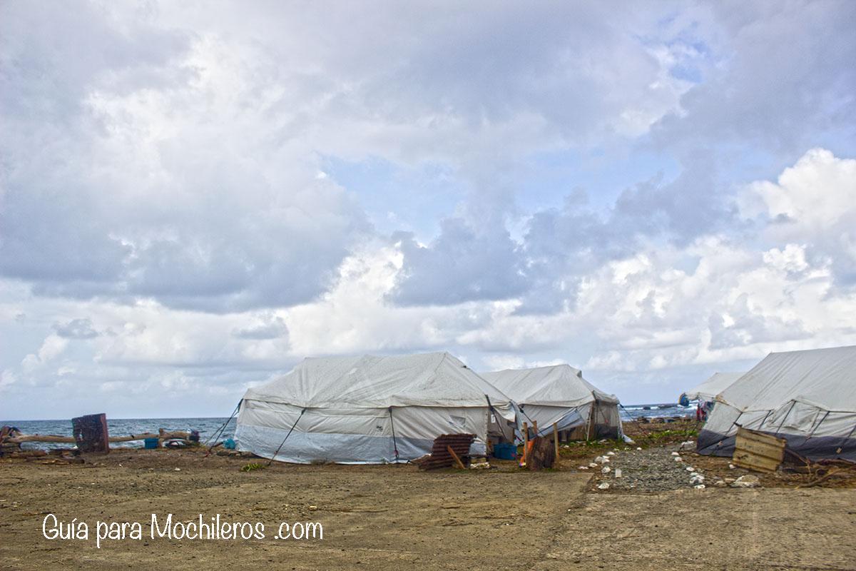 Carpa-refugiados-cubanos