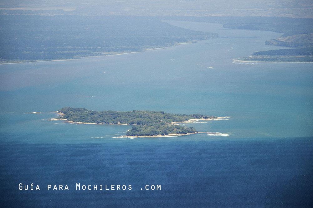 Islas-de-San-Blas-desd-el-avion-copy
