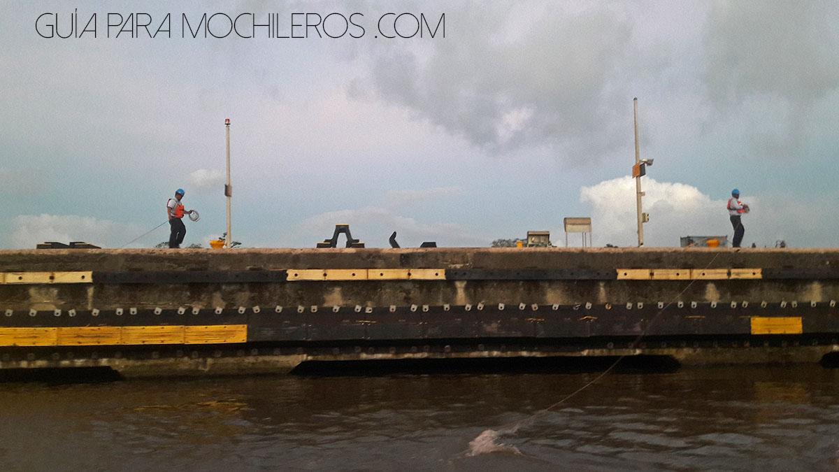 operadores del canal de Panamá