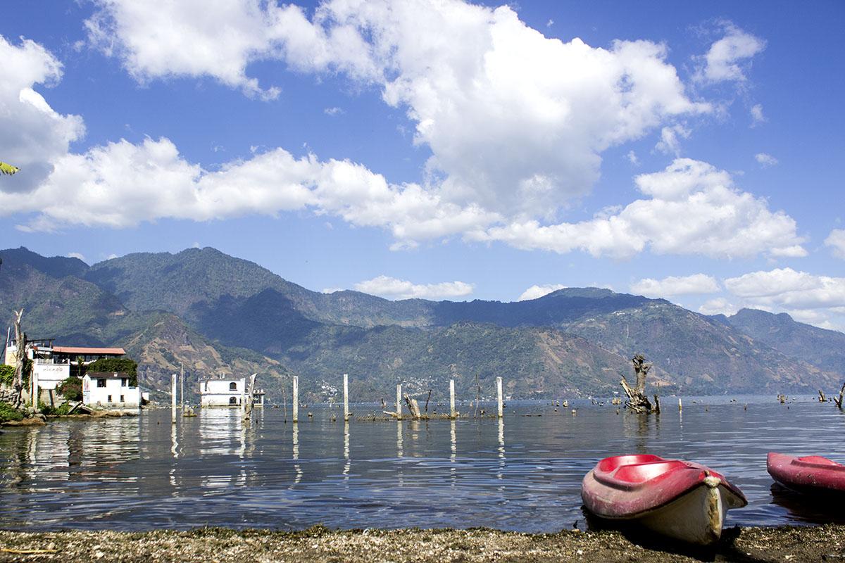Kayaks Atitlan